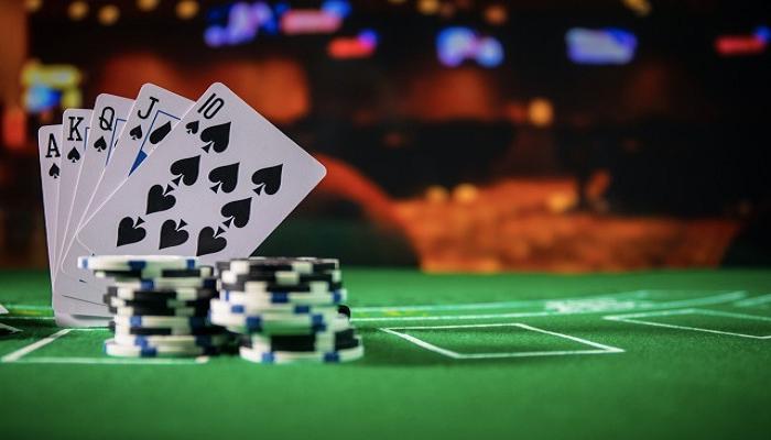 Tổng hợp những bí quyết chơi bài poker trên casino online